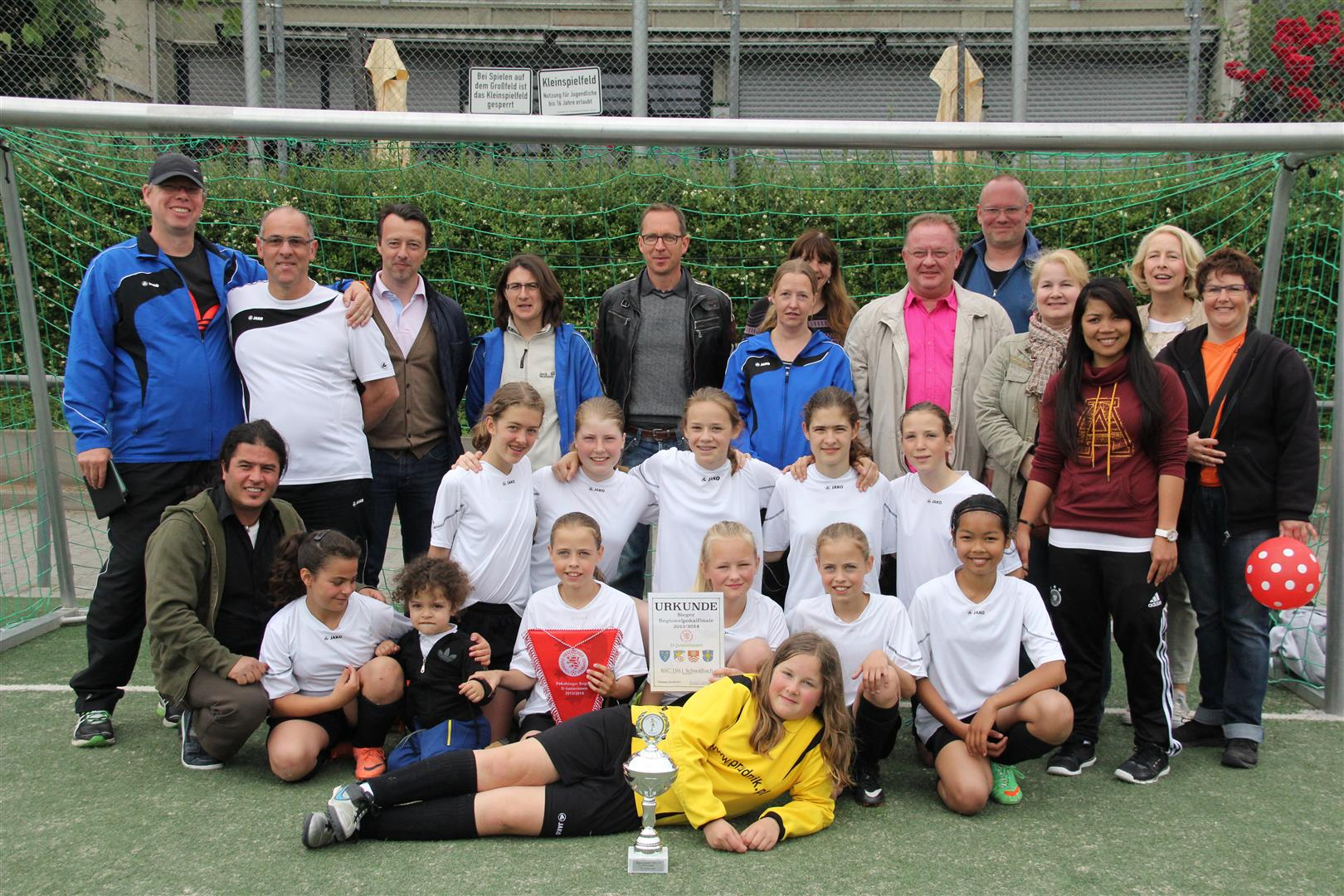 Regionalpokalsiegerinnen U 12