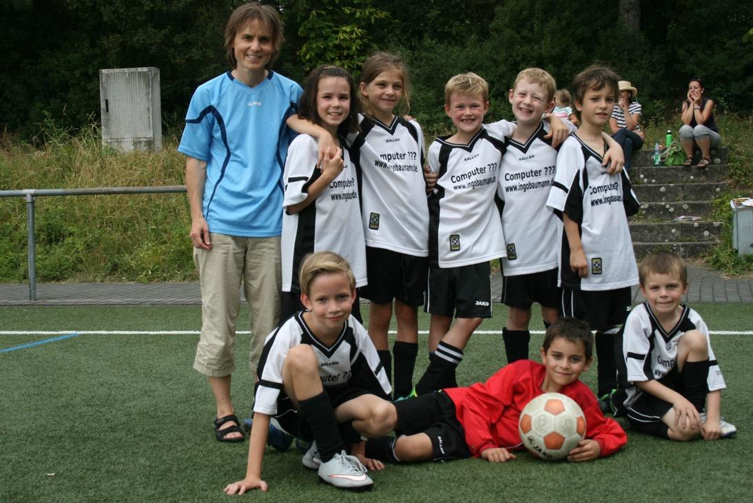 F2-Mannschaft (mit Verstärkung) erreicht 5. Platz beim Turnier in Flörsheim am 18. Juli