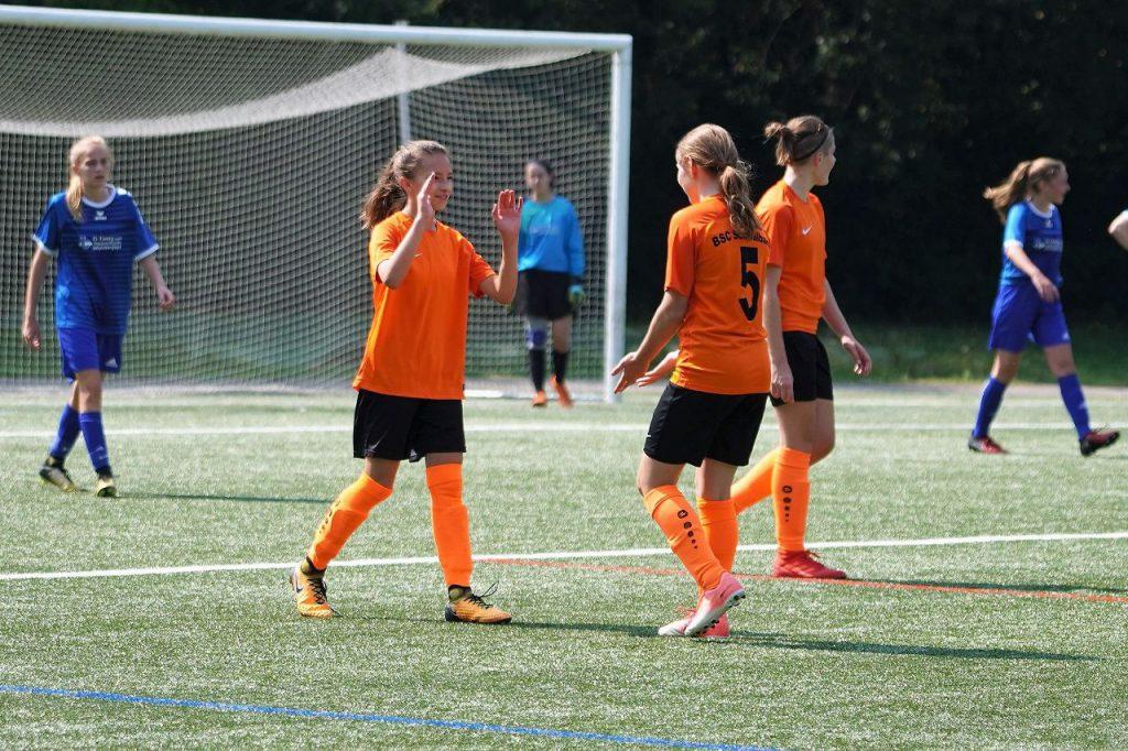 Torjubel der U17 gegen SV Fischbach